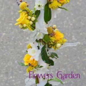 Lumanare botez spirala cu miniroze galbene si orhidee