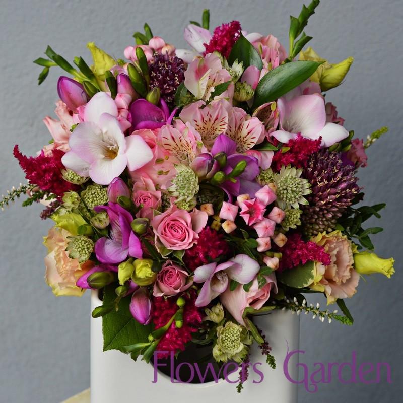 Buchet Mireasa Colorat Cu Flori De Primavara Flowers Garden